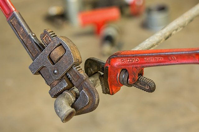 Signs Your Well Pump is Failing